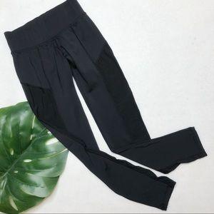 Noli Yoga Mesh Side Leggings Size XS EUC